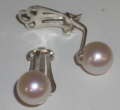 Earrings - CLIPS
